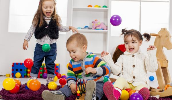 Kids playing in a preschool physical activity environment