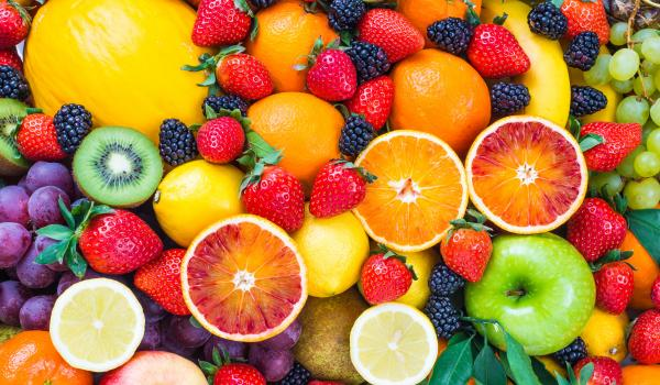 Fruits in a rainbow format.